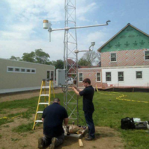 BREC-tech-verificaiton-weather_station_install_web